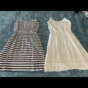 Bundle of 2 Old Navy summer dresses size small